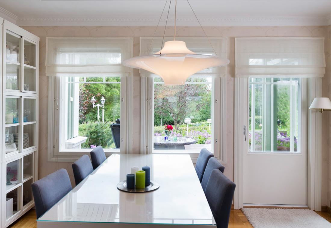 Givetvis kan ni som privatperson nyttja ROT-avdraget vid dörr- och  fönstermålning. Då minskar kostnaderna och bägge partnerna blir nöjda. 7ffe4336600b7